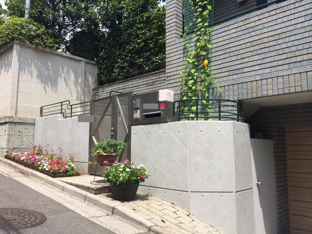 新宿区 玄関周り塗装リフォーム S様邸