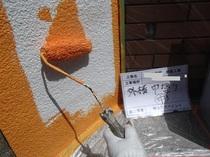 松戸市T様邸 外壁中塗り中