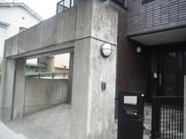 足立区M様邸 コンクリート再生塗装前2