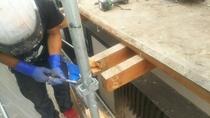 松戸市O様邸屋根カバー・外壁金属サイディング施工中2